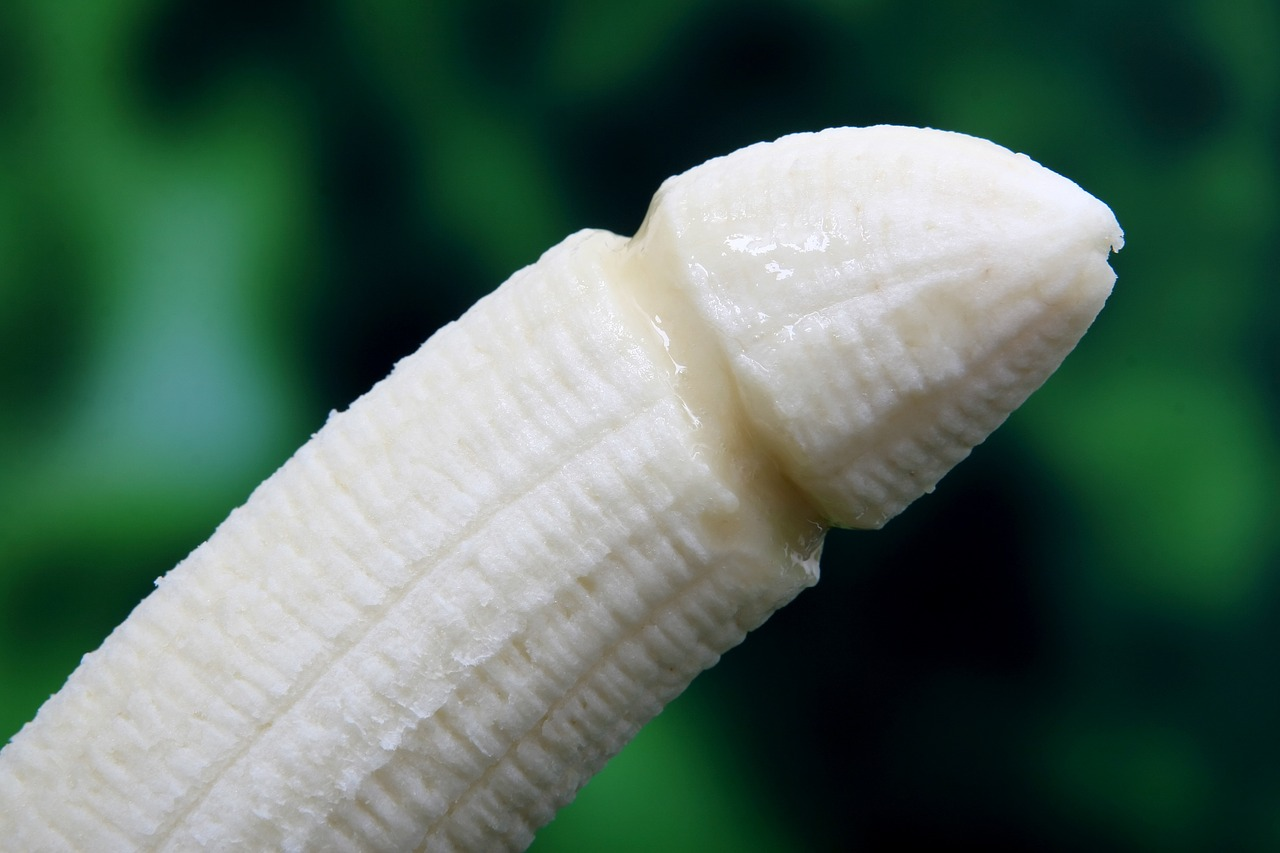 banana_melon_erotic poems_PD