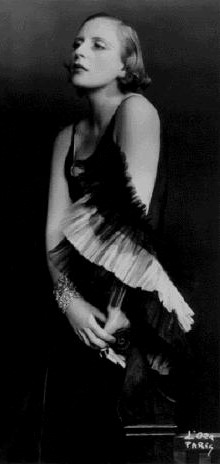 Tamara de Lempicka, portrait photograph, Paris, ca. 1929