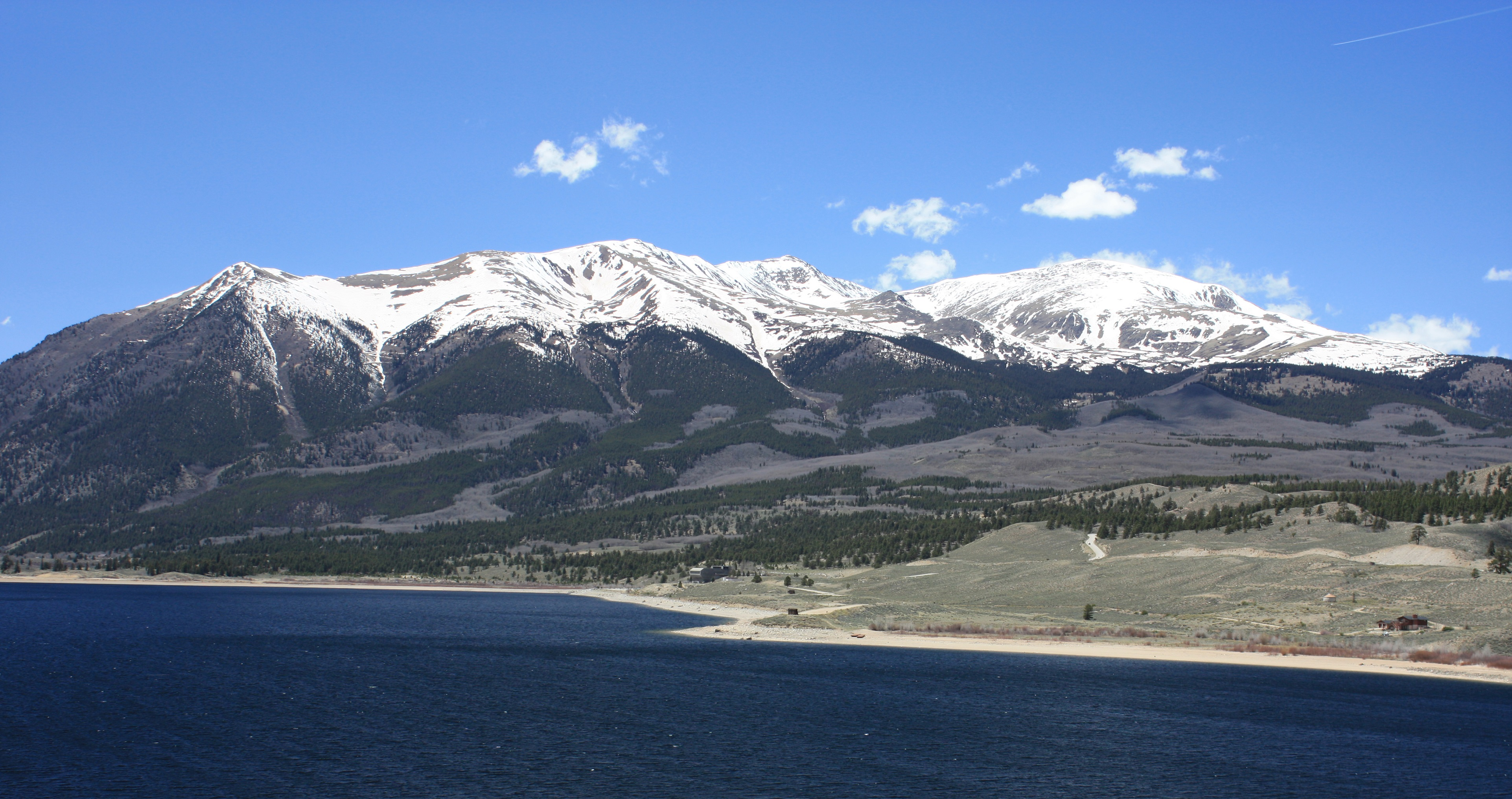 Mount-Elbert-from-Twin-Lakes
