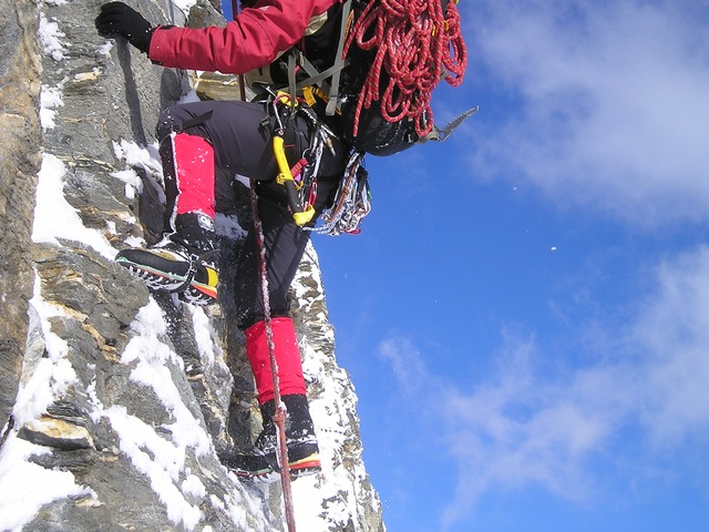 ice climbing with all eqipment