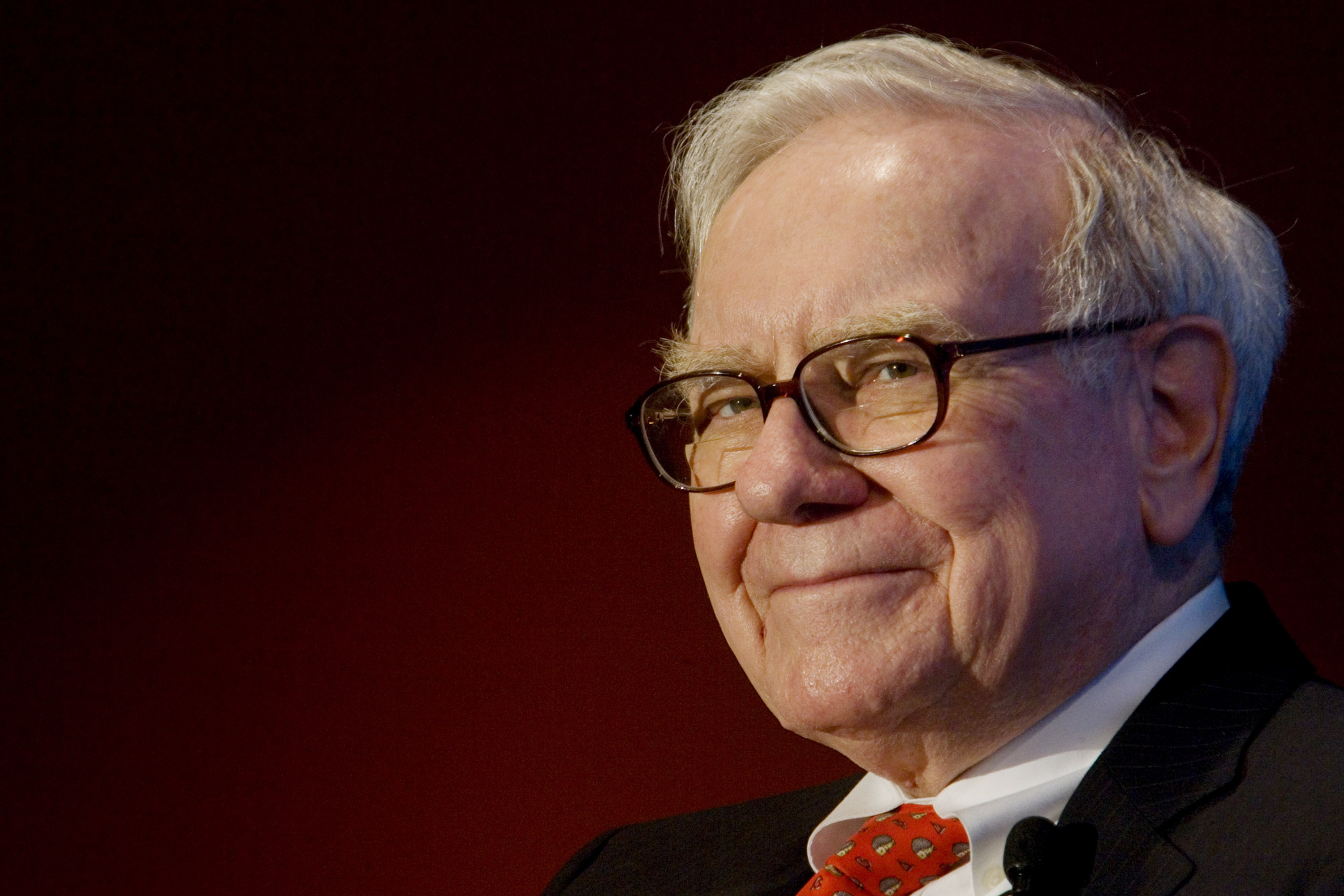 Simplify Life: Warren Buffett's Wisdom In 5/25 List